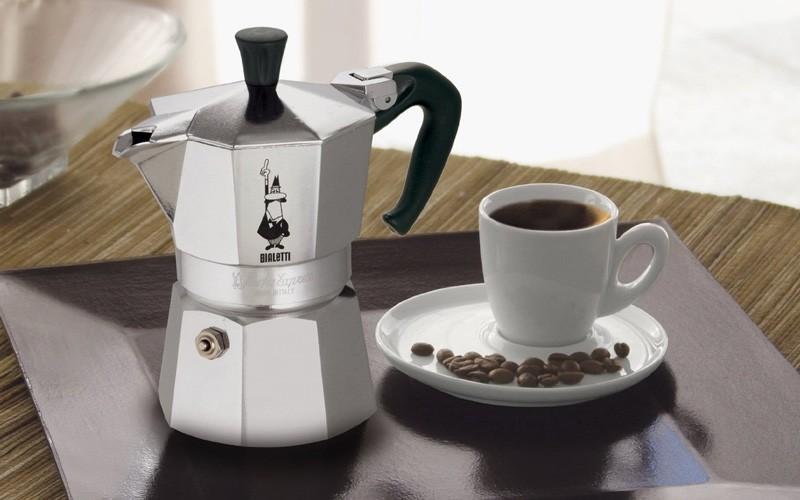 Рейтинг ТОП 7 лучших гейзерных кофеварок