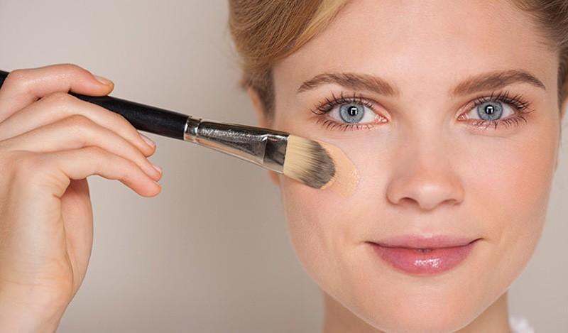 Рейтинг ТОП 7 лучших баз под макияж