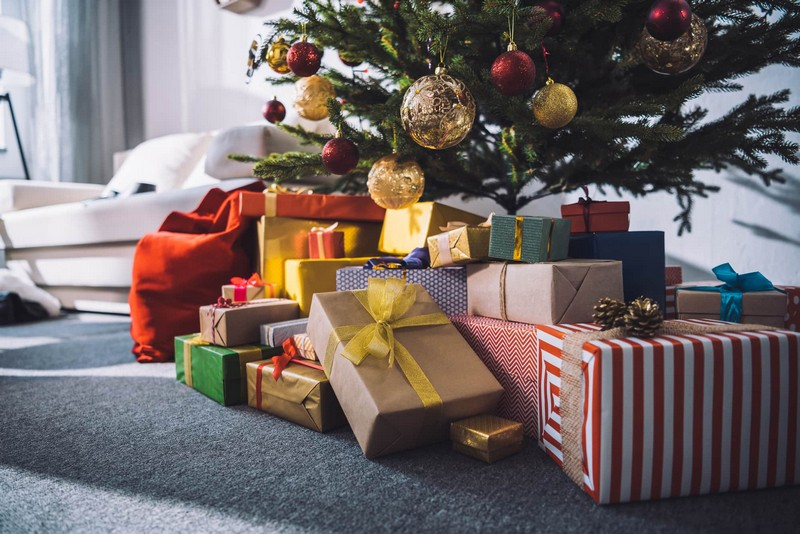 идеи подарков для мужчины под елку